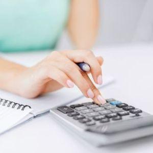 Начисление выплат работающей женщине