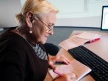 Как осуществляется процесс увольнения при сокращении или по своему желанию работающего пенсионера?