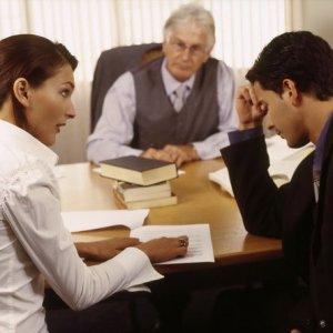 Почему лучше обратиться к адвокату
